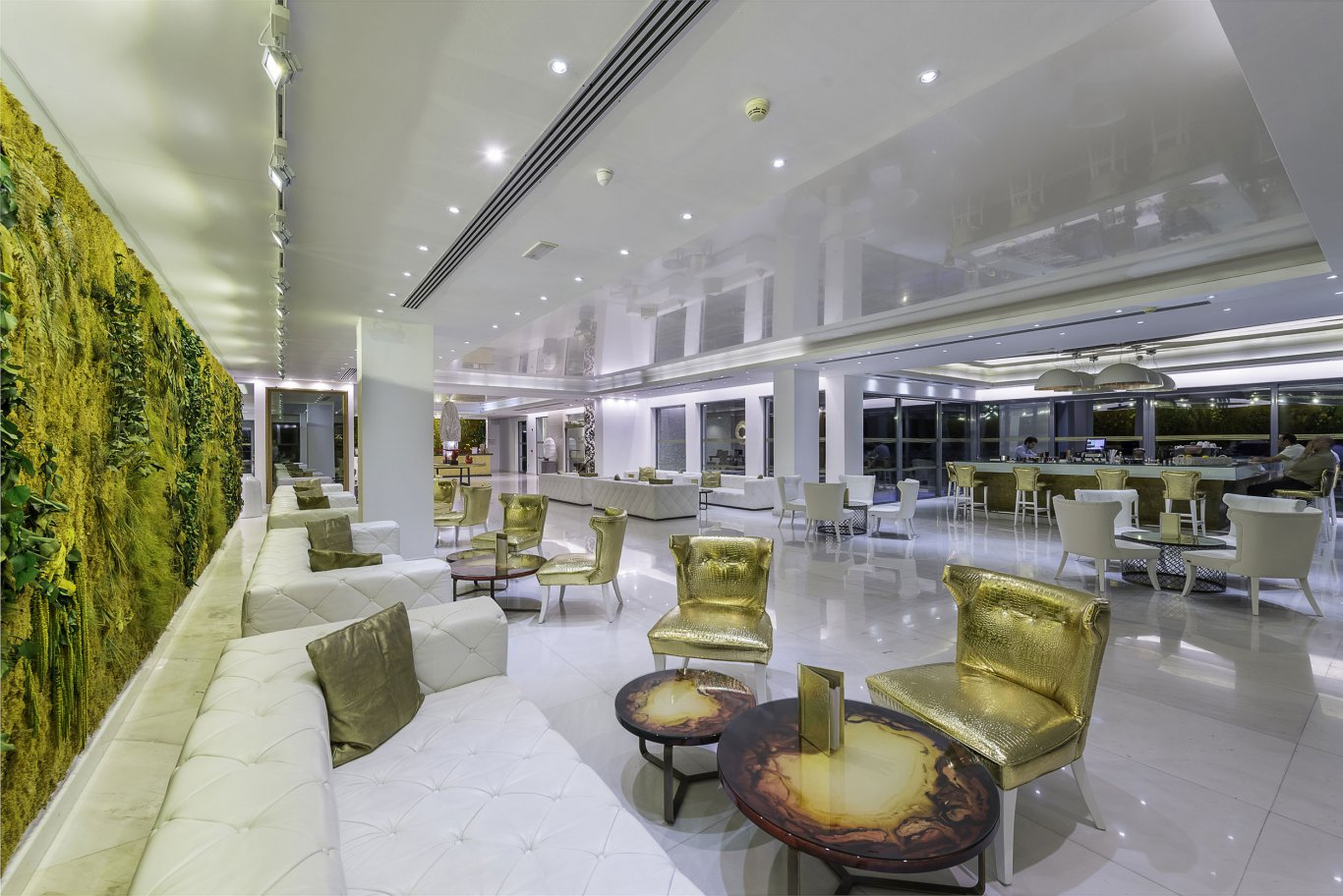 Lobby bar: what is it